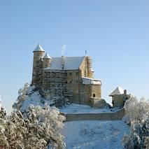 Odbudowany zamek w Bobolicach