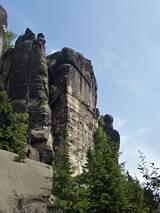 Na skaraju skalnego miasta