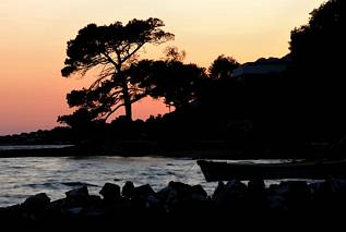 Kuciste, po zachodzie słońca