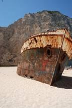 Wrak w słynnej zatoce - Navagio